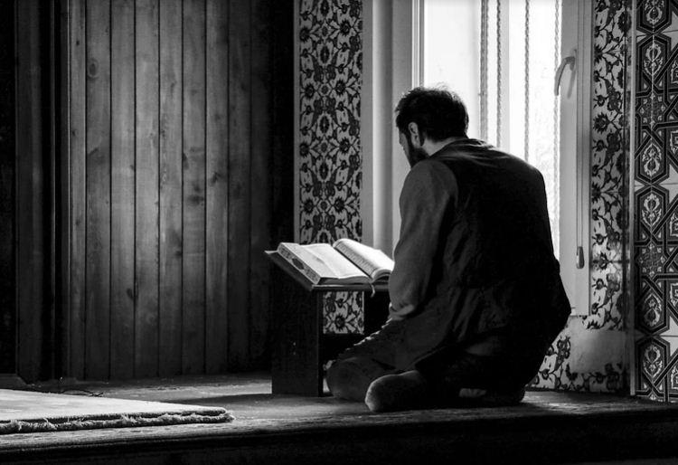 Cara Berhenti Judi Online Secara Islam, Apa Saja Langkahnya?